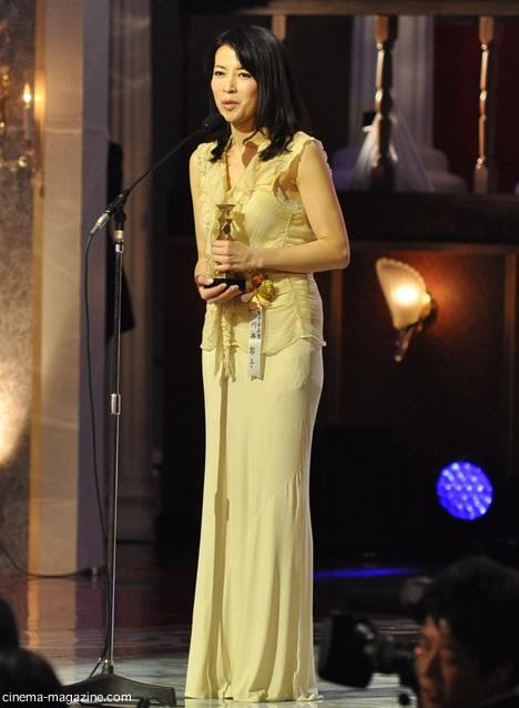 最優秀音楽賞を受賞したバイオリニストの川井郁子